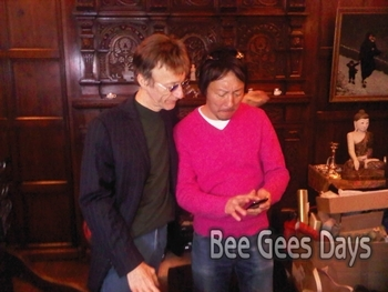 Robin Gibb getting interviewed at home (March 20, 2011)