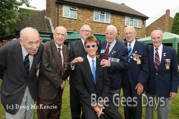Robin with the Bomber Command veterans (July 2010) <Photo: Courtesy of Heritage Foundation>