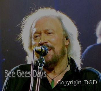 Barry Gibb at London O2(October 3, 2013)