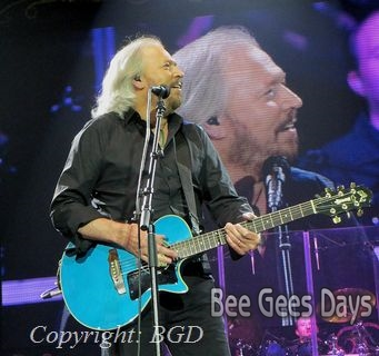 Barry Gibb at O2 Arena, London (October 3, 2013)